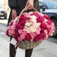 Корзина 51 кустовая пионовидная роза R275