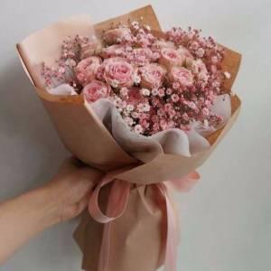 Букет кустовая пионовидная роза с гипсофилой R1509